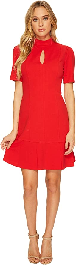 Donna Morgan - Short Sleeve Drop Waist Crepe Dress with Keyhole