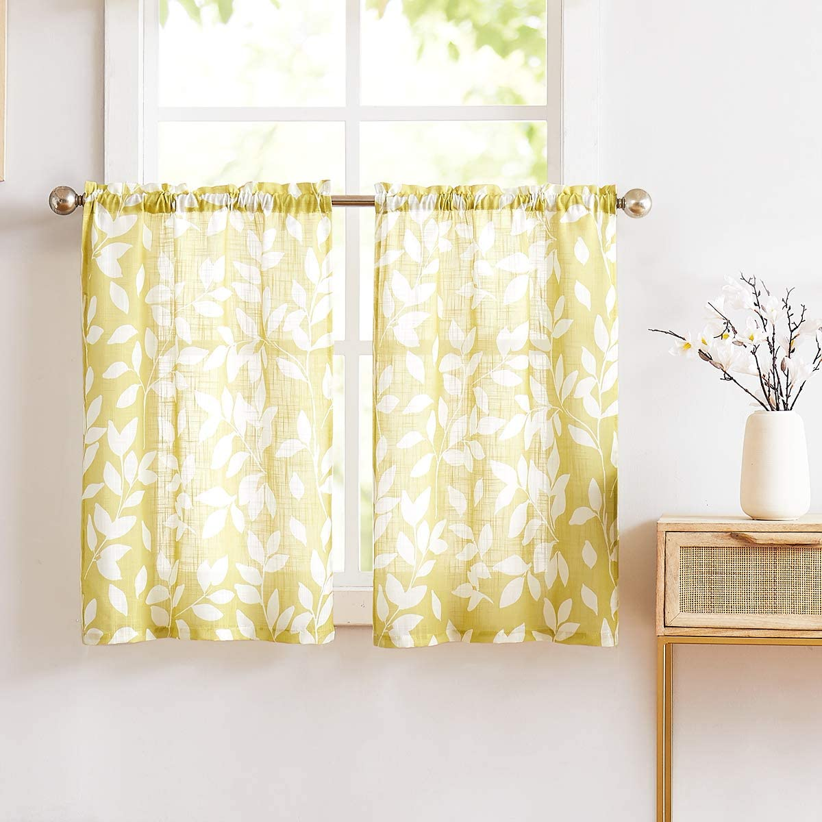 Amazon Com Treatmentex Print Tier Curtains For Kitchen 24 Mustard Yellow And White Small Print Café Curtains 2panels Home Kitchen