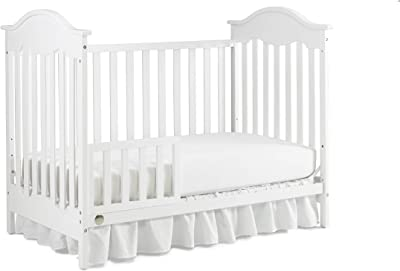 Fisher-Price Kerry Traditional 3-in-1 Convertible Crib, Frost White