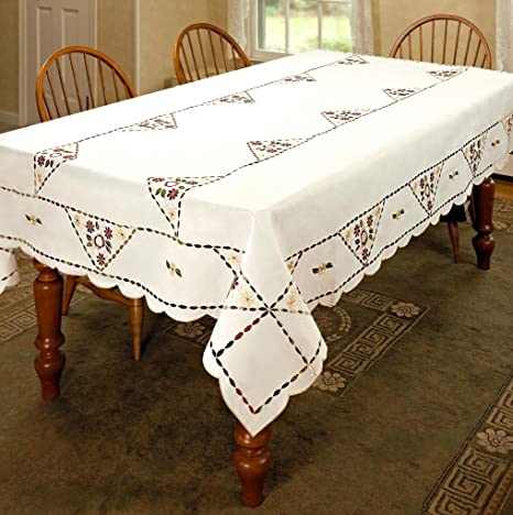 Vintage White Cutwork Embroidery Tablecloth