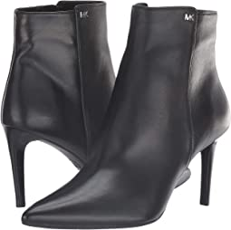 Black Nappa/Stacked Heel