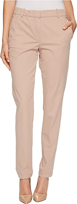 Lacoste - Classic Stretch Gabardine Chino Pant