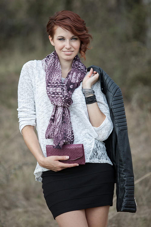 styleBREAKER Cardigan Weste/Schal im Animal Print Look, Krokodil Schlangen Design, Multifunktion, Damen 08010007 Violett
