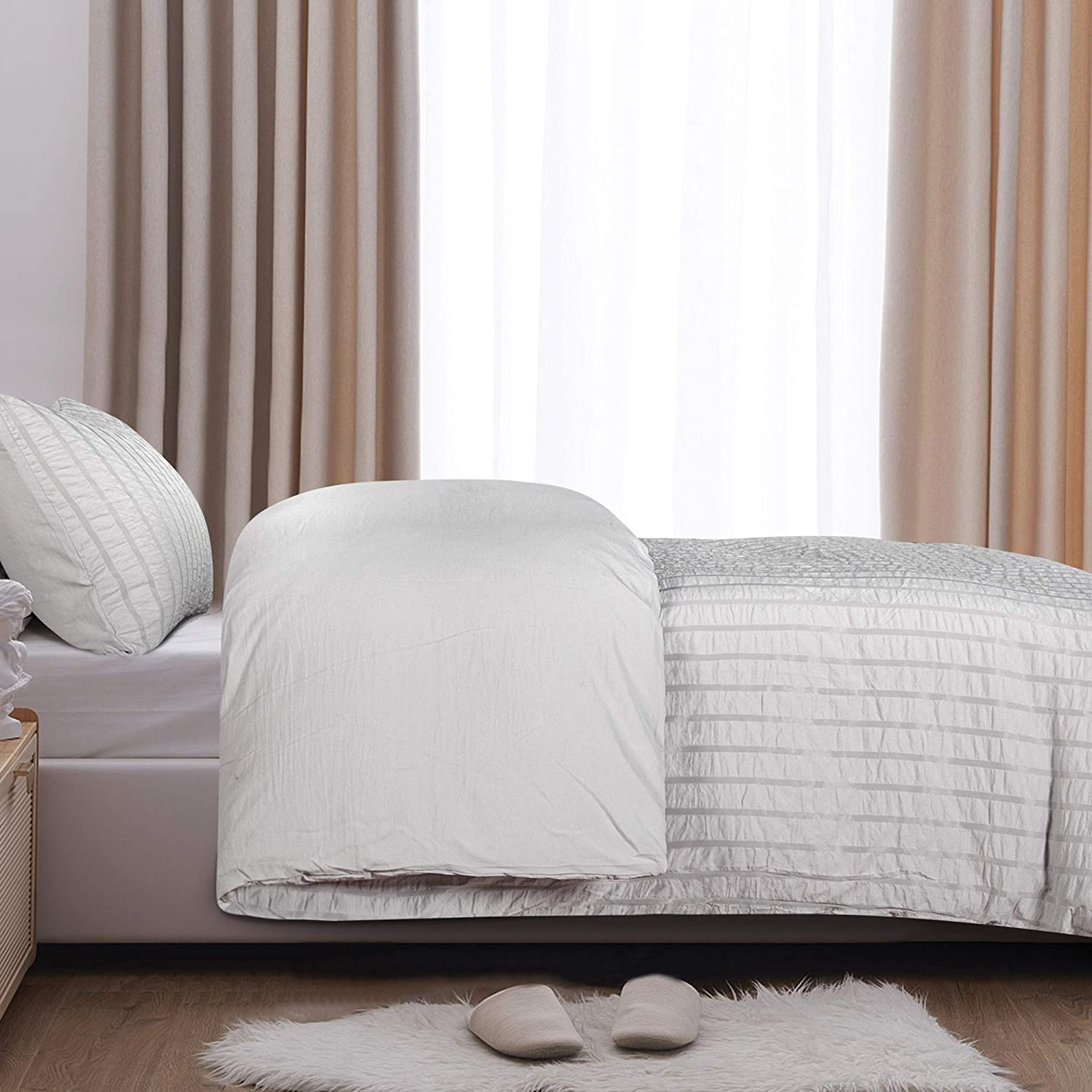 68x90 Inches Light Grey 1 Duvet Cover + 1 Pillow Case Light Grey Stripe Washed Microfiber Comforter Cover with Zipper Closure for Kids 2 Pieces NTBAY Seersucker Twin Textured Duvet Cover Set