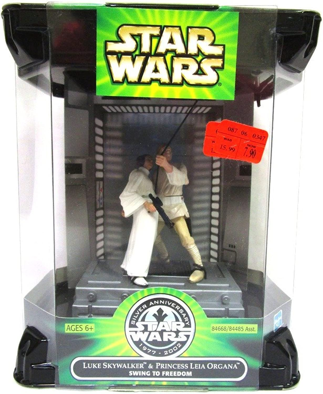 Star Wars Swing to Freedom Luke & Leia 1977  2002 Silver Anniversary Movie Scene Action Figure Set