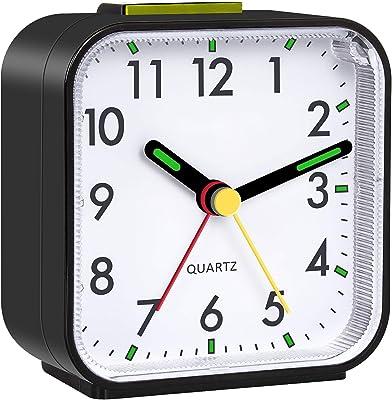 目覚まし時計 置き時計 卓上時計 連続秒針 クロック アナログ式 クオーツ シンプル 大音量 夜光 おしゃれ 静か スヌーズ 電池式