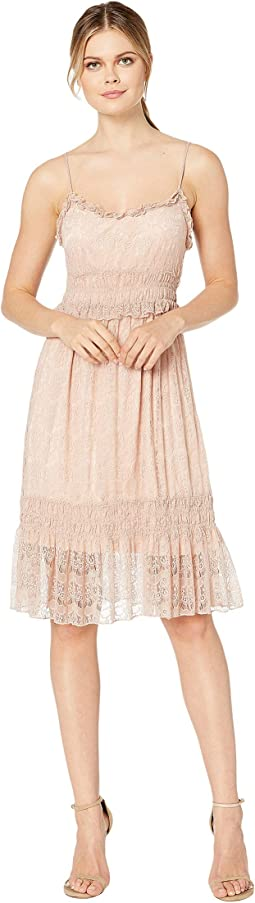 Savy Lined Tiered Lace Dress
