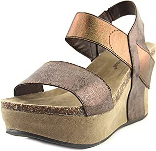 44e07a0dd72 Pierre Dumas Women s Hester-1 Wedge Sandals