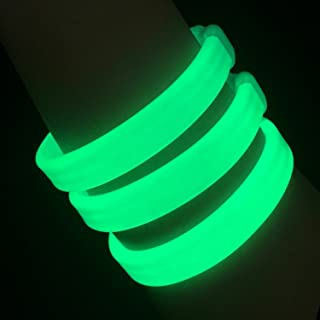 "Glow Sticks Bulk Wholesale Wristbands, 25 9"" Green Triple-Wide Glow Bracelets, Bright Color, Glow 8-12 Hrs, 25 Connectors Included, Glow Party Favors Supplies, Sturdy Packaging, GlowWithUs Brand"