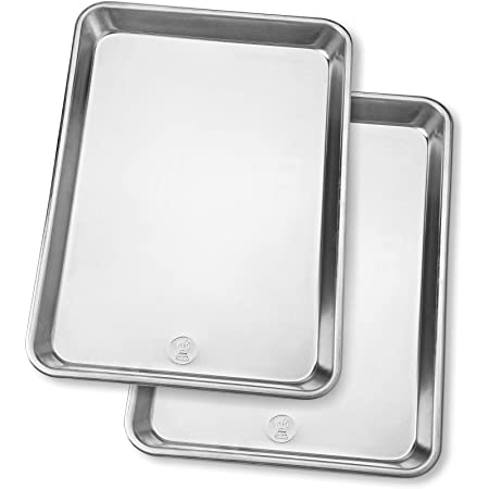 Professional Half Sheet Baking Pans - Aluminum Cookie Sheet Set of 2 - Durable, Oven-safe, Non-toxic, Easy to Clean, Commercial Quality - 18x13-inch - Rimmed Baking Sheet Set for Baking and Roasting