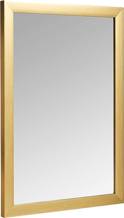 Specchio da parete rettangolare da 50,8 x 71,1 cm, finitura standard, ottone amazon basics 1014056-104-A60