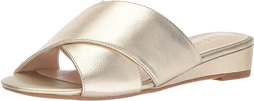 Nine West Wohombres Tumbarelo Metallic Wedge Sandal, Light oro Metallic, 8.5 Medium US