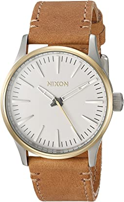 Nixon - The Sentry 38 Leather X The Speedster II Collection