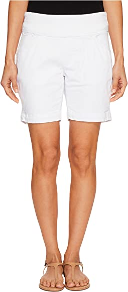 "Petite Ainsley 7"" Pull-On Shorts in Divine Twill"