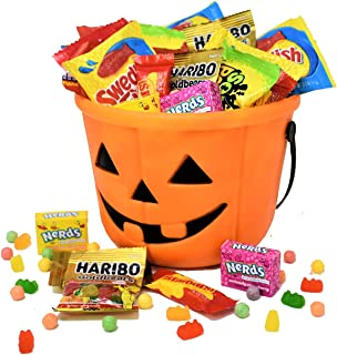 spooky basket for her