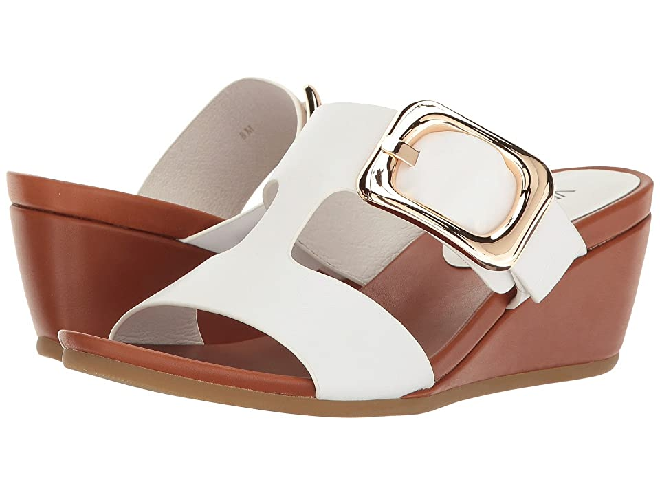 Vaneli Danel (White Nappa/Tan Super Calf/Gold Buckle) Women