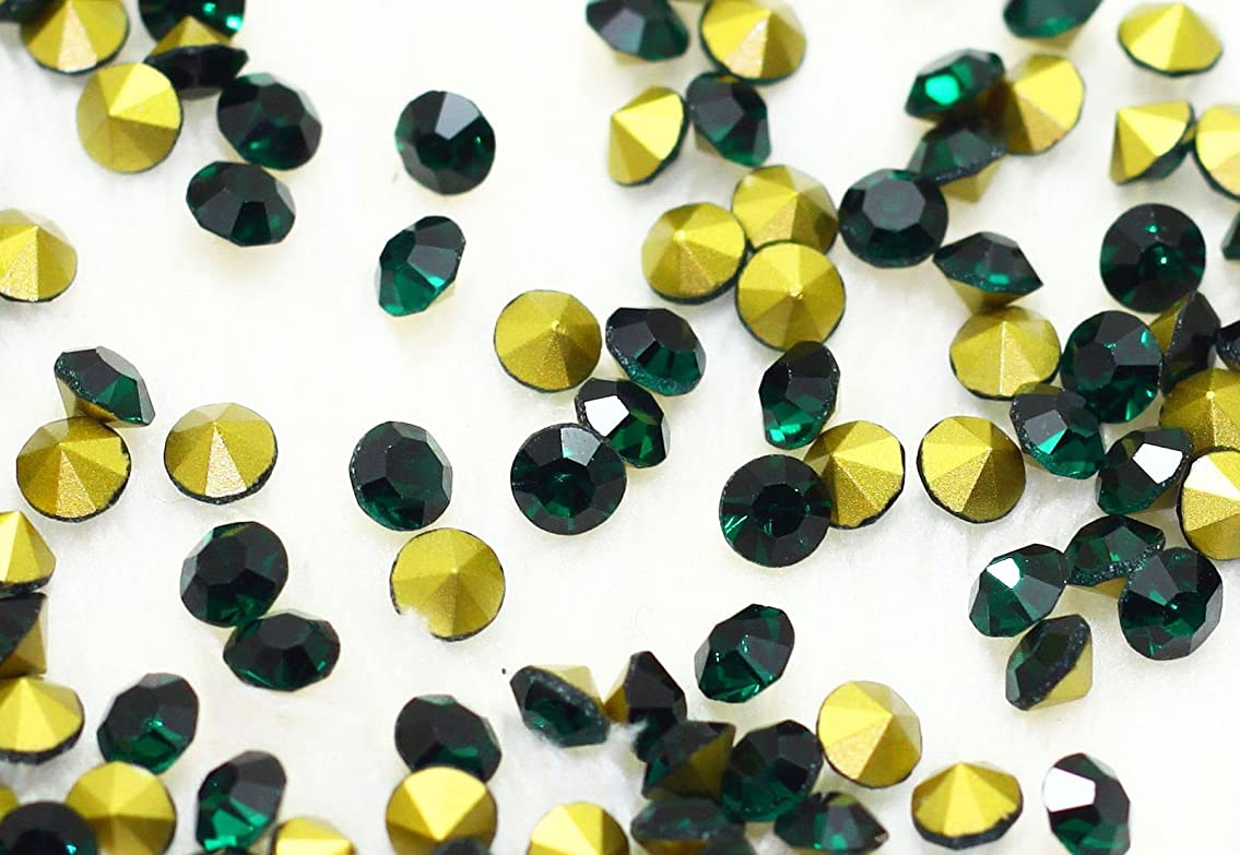 留まる読みやすさ地域ガラス製 Vカットストーン(埋込型)emerald エメラルド 各サイズ選択可能 (1.4mm (SS3) 約1440粒) [並行輸入品]