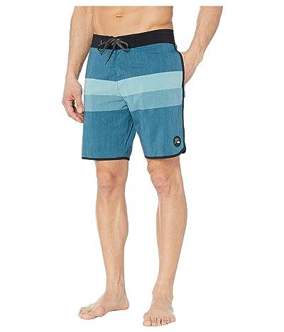 Quiksilver Vista Beachshorts 19 (Majolica Blue) Men