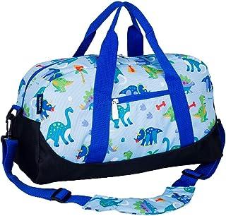 Wildkin Overnighter Duffel Bag، ویژگی های پوشش مقاوم در برابر رطوبت و تسمه کمربند شانه، مناسب برای Sleepovers، تمرین ورزشی، و سفر، طراحی کودکان بچه های زیتون - زمین دایناسور