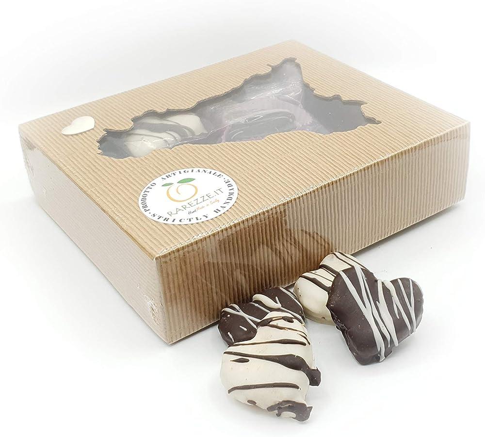 Cuori di pasta di mandorla, al rum, ricoperti di finissimo cioccolato, in grazioso box regalo (gr.400)