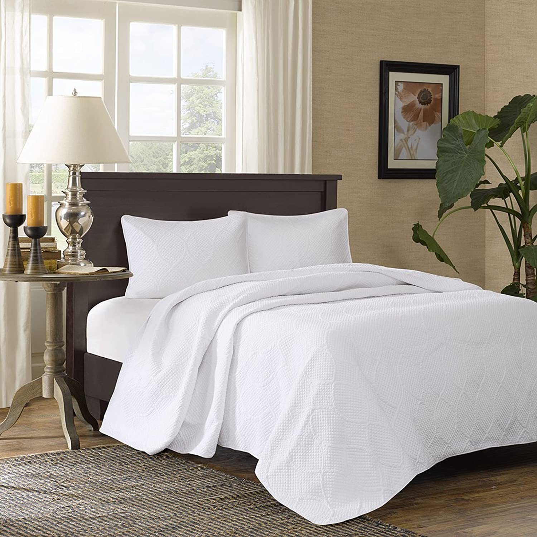 Madison Park Corrine 3 Piece Bedspread Set, White, King