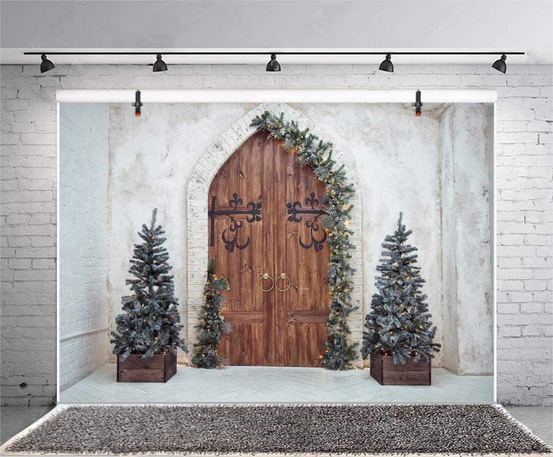 10x6.5FT Merry Christmas Room Set Backdrop Rustic Farmhouse Xmas Tree Vintage Brick Wall Arch Door Pine Branch Wreath Photography Background Happy New Year Portrait Studio Prop Vinyl Banner