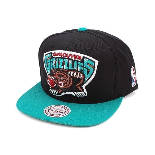 fdc6c5bee46 Mitchell   Ness Men s Miami Heat XL Logo 2-Tone Snapback Hat