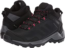 3385fac69 Carbon Black Active Pink
