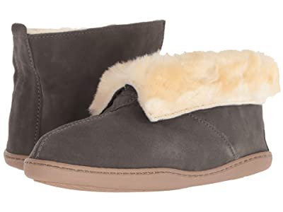 Minnetonka Sheepskin Ankle Boot (Grey Suede) Women