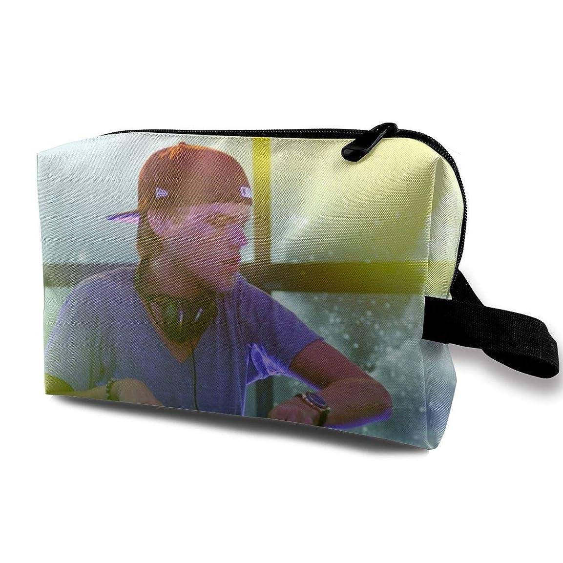 ご覧ください悲観的味付けJoycego Avicii アヴィーチー ポーチ バッグ 化粧バッグ 収納袋 ジッパー付きポータブル メイクポーチ
