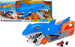 Hot Wheels Shark Chomp Transporter Playset with One 1:64 Scale Car for Kids 4 to 8 Years Old GVG36