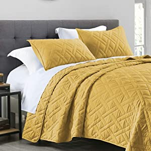 Quilt Set Queen Size Yellow, Classic Geometric Diamond Stitched Pattern, Pre-Washed Microfiber Ultra Soft Lightweight Quilted Bedspread Coverlet for All Season, 3 Piece Includes 1 Quilt and 2 Shams