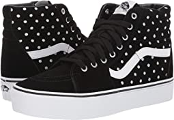 (Suede Polka Dot) Black/True White