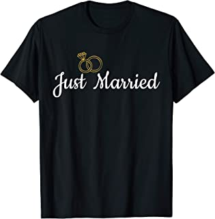 Just Married Couple Gifts Couples Engagement Wedding Gifts T-Shirt