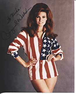 RAQUEL WELCH very sexy signed 8x10 photo / UACC Registered Dealer # 212