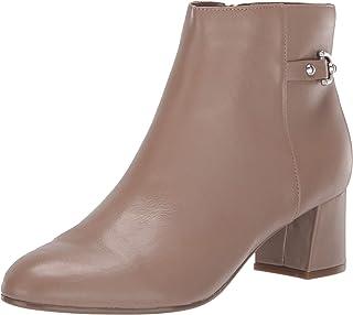 أحذية طويلة حتى الكاحل مبطنة للقدم من Bandolino Women's Masie
