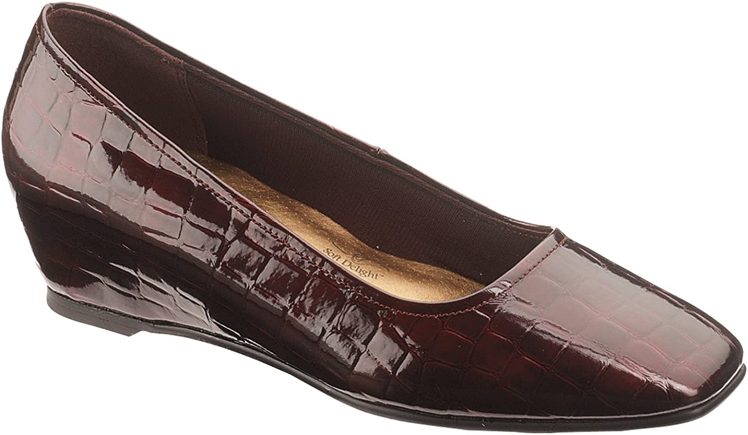 Soft Style Women's Shara (9.5 M in Wine Patent Croco)