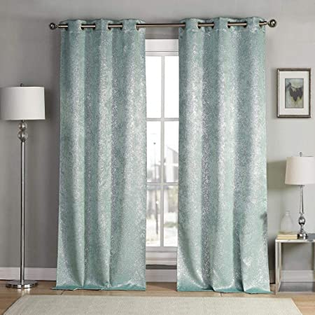 Amazon Com Kensie 2 Pack Sparkle Metallic Thermal Insulated Blackout Grommet Top Curtain Panels W38 X L84 Grey Home Kitchen