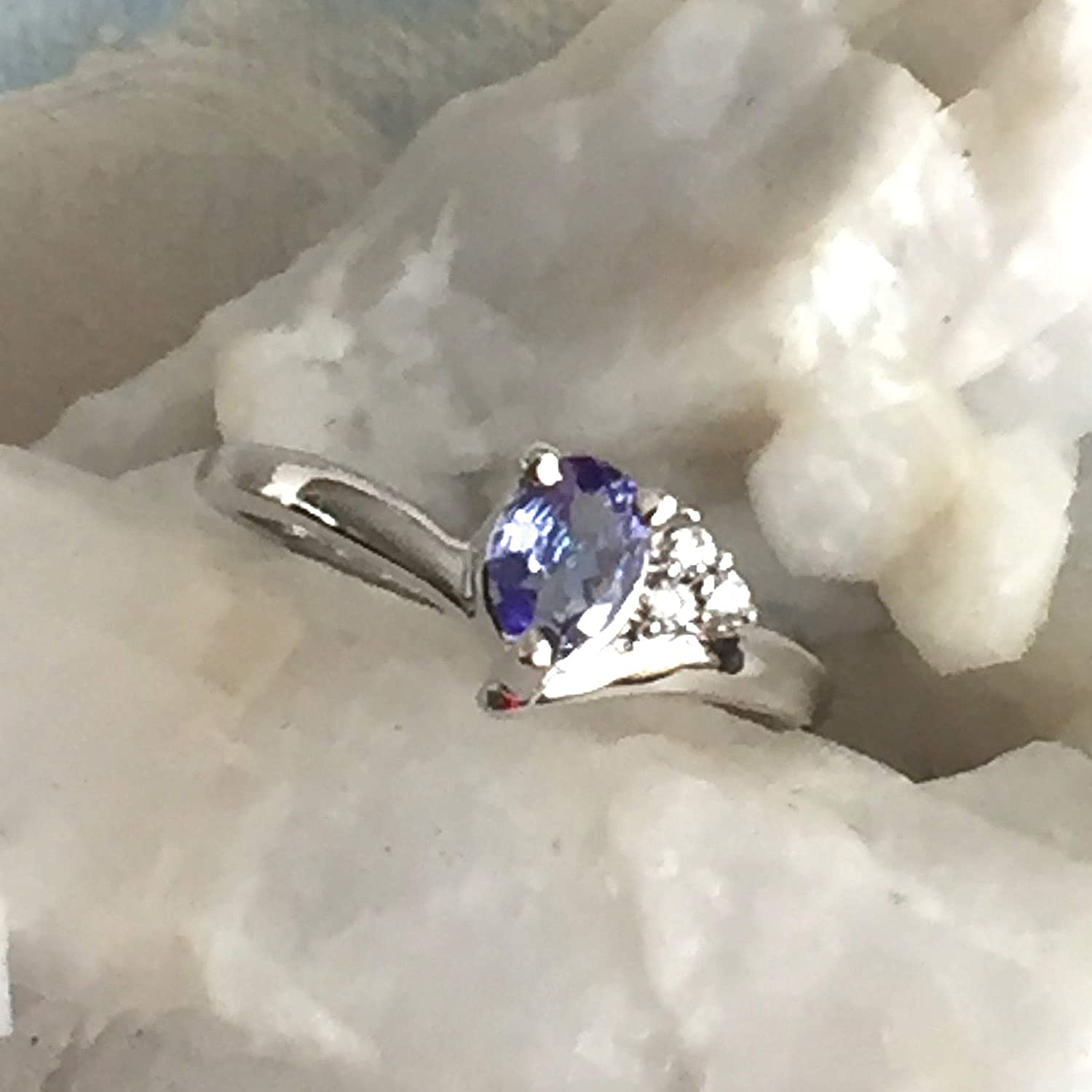 Small Sz 5.75 GENUINE TANZANITE and Gemstone Cubi Blue Cheap mail order shopping Product Lavender