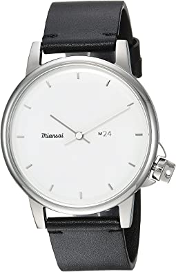 M24 II White On Two-Piece Leather Strap