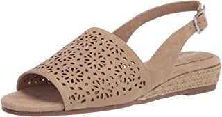 Easy Street womens Trudy Sandal Beige,7 US medium