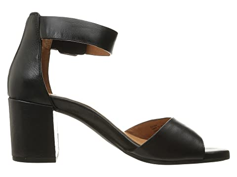 9a50c44fa4b6 Gentle Souls by Kenneth Cole Christa at Zappos.com