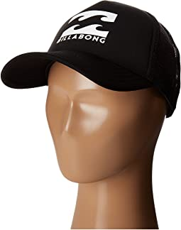 Podium Trucker Hat (Big Kids)