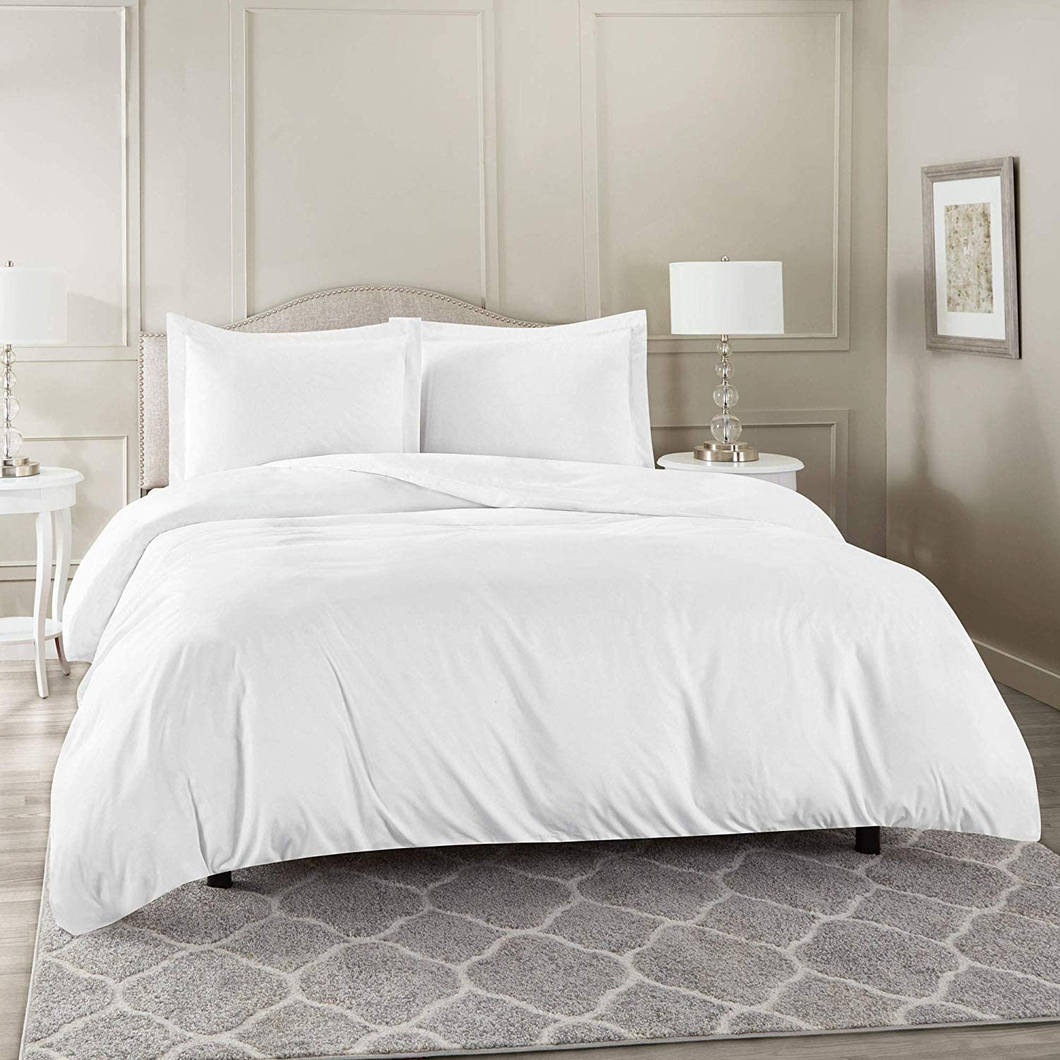 600 Thread Count Three (3) Piece Queen Size White Solid Duvet Cover Set, 100% Egyptian Cotton, Premium Hotel Quality