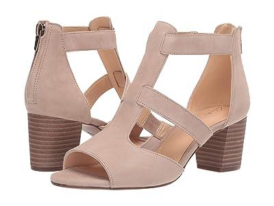 Clarks Deloria Fae (Sand Suede) High Heels