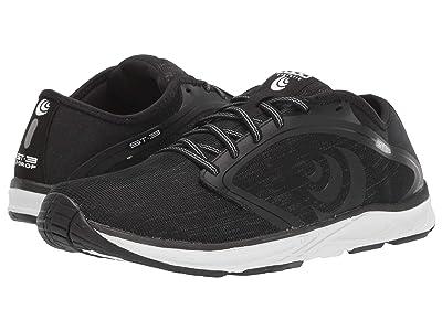 Topo Athletic ST-3 (Black/Grey) Women
