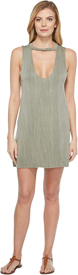 Culture Phit - Saira Sleeveless Keyhole Dress