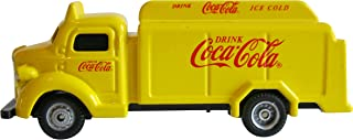Motor City Classics 1947 Coca-Cola Bottle Truck (1:87 Scale), Yellow