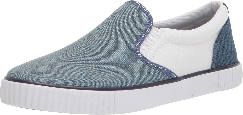 Tommy Hilfiger Women's Tweastin Sneaker