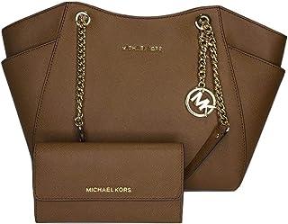 حقيبة سفر مايكل كورس جيت سيت من مايكل كورس مع محفظة ثلاثية الطيات للسفر مع مجموعة مايكل كورس جيت